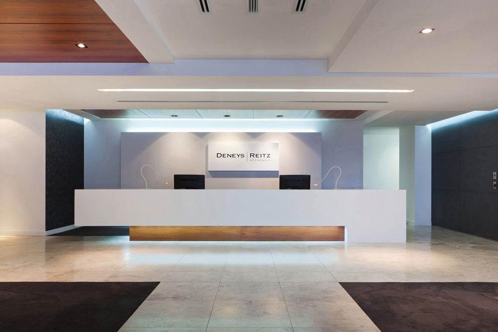 Reception Interior Design Idea For Attractive Office Cubic Design